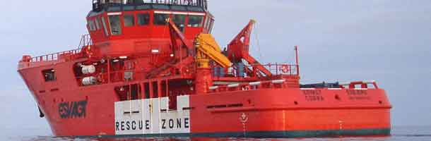 Esvagt rescues men from fire North Sea